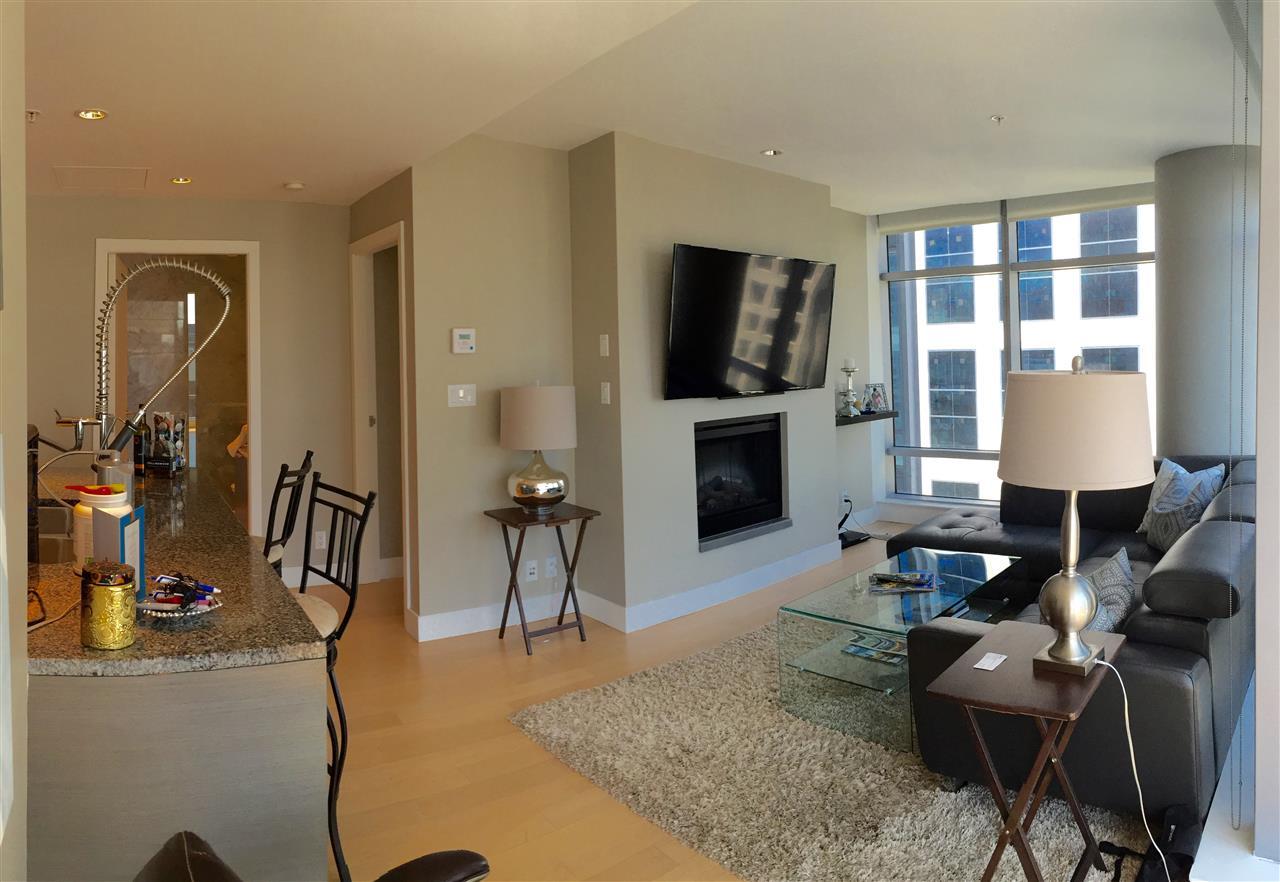 Condo Apartment at 2305 1111 ALBERNI STREET, Unit 2305, Vancouver West, British Columbia. Image 2