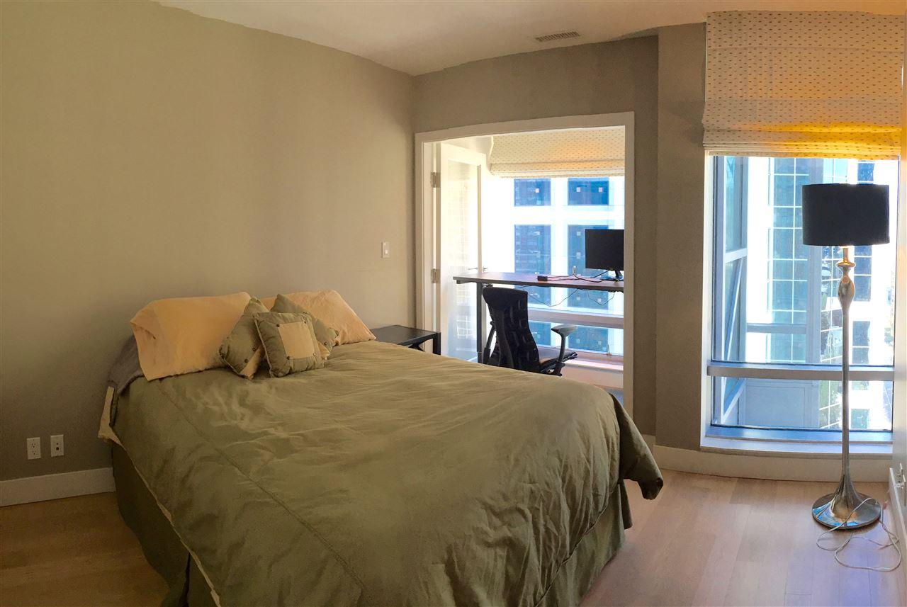 Condo Apartment at 2305 1111 ALBERNI STREET, Unit 2305, Vancouver West, British Columbia. Image 8