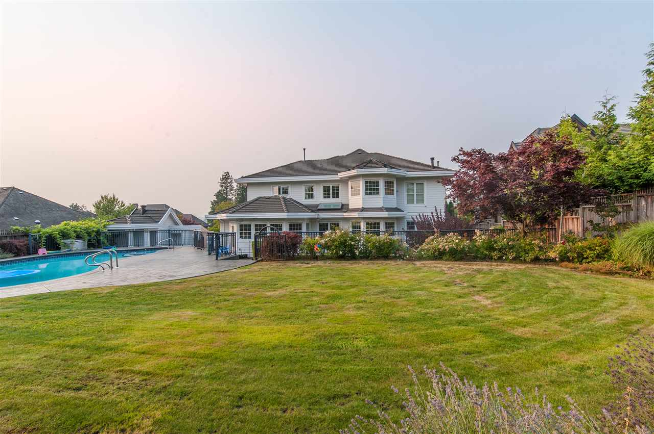 Detached at 16260 36A AVENUE, South Surrey White Rock, British Columbia. Image 16