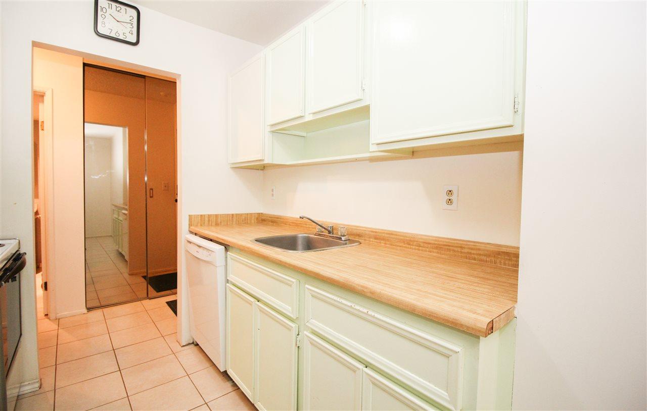 Condo Apartment at 111 9101 HORNE STREET, Unit 111, Burnaby North, British Columbia. Image 2