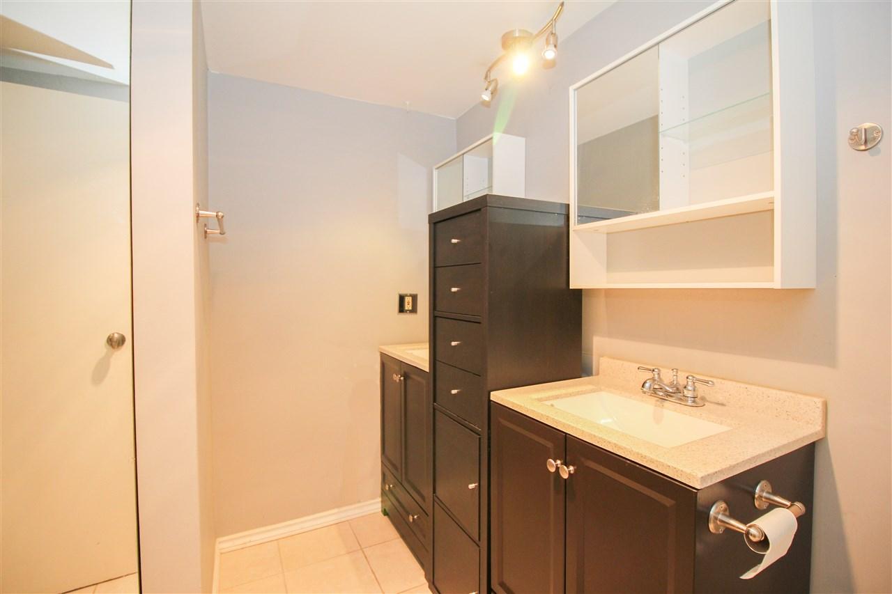 Condo Apartment at 111 9101 HORNE STREET, Unit 111, Burnaby North, British Columbia. Image 6