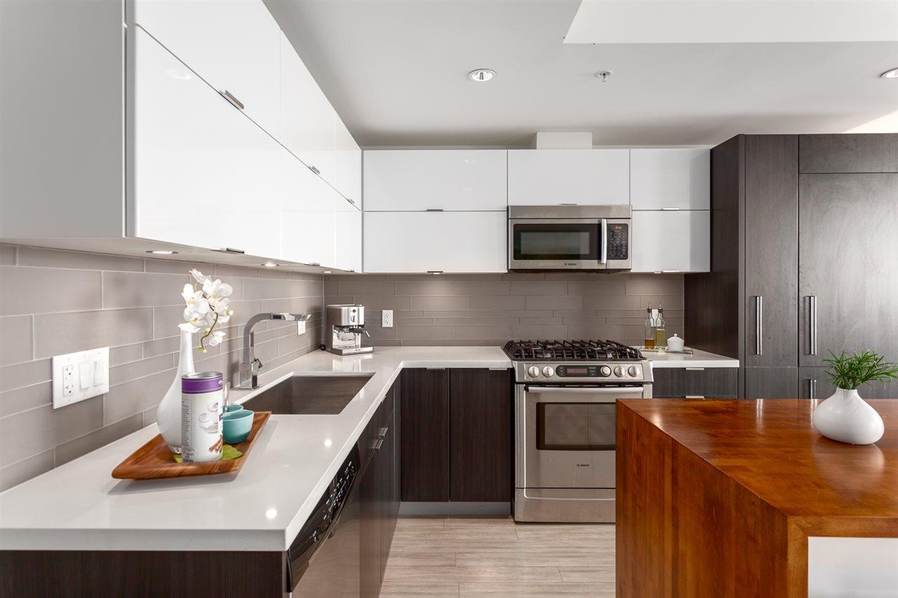 Condo Apartment at 1205 1775 QUEBEC STREET, Unit 1205, Vancouver East, British Columbia. Image 3