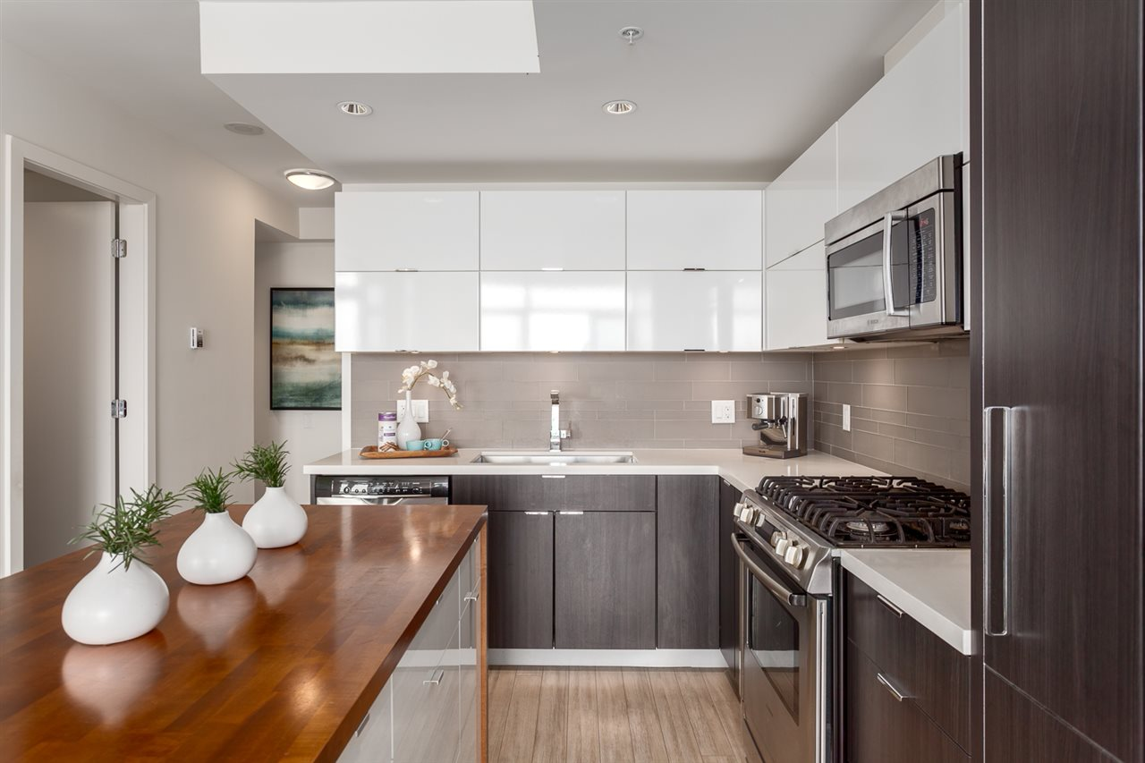 Condo Apartment at 1205 1775 QUEBEC STREET, Unit 1205, Vancouver East, British Columbia. Image 4