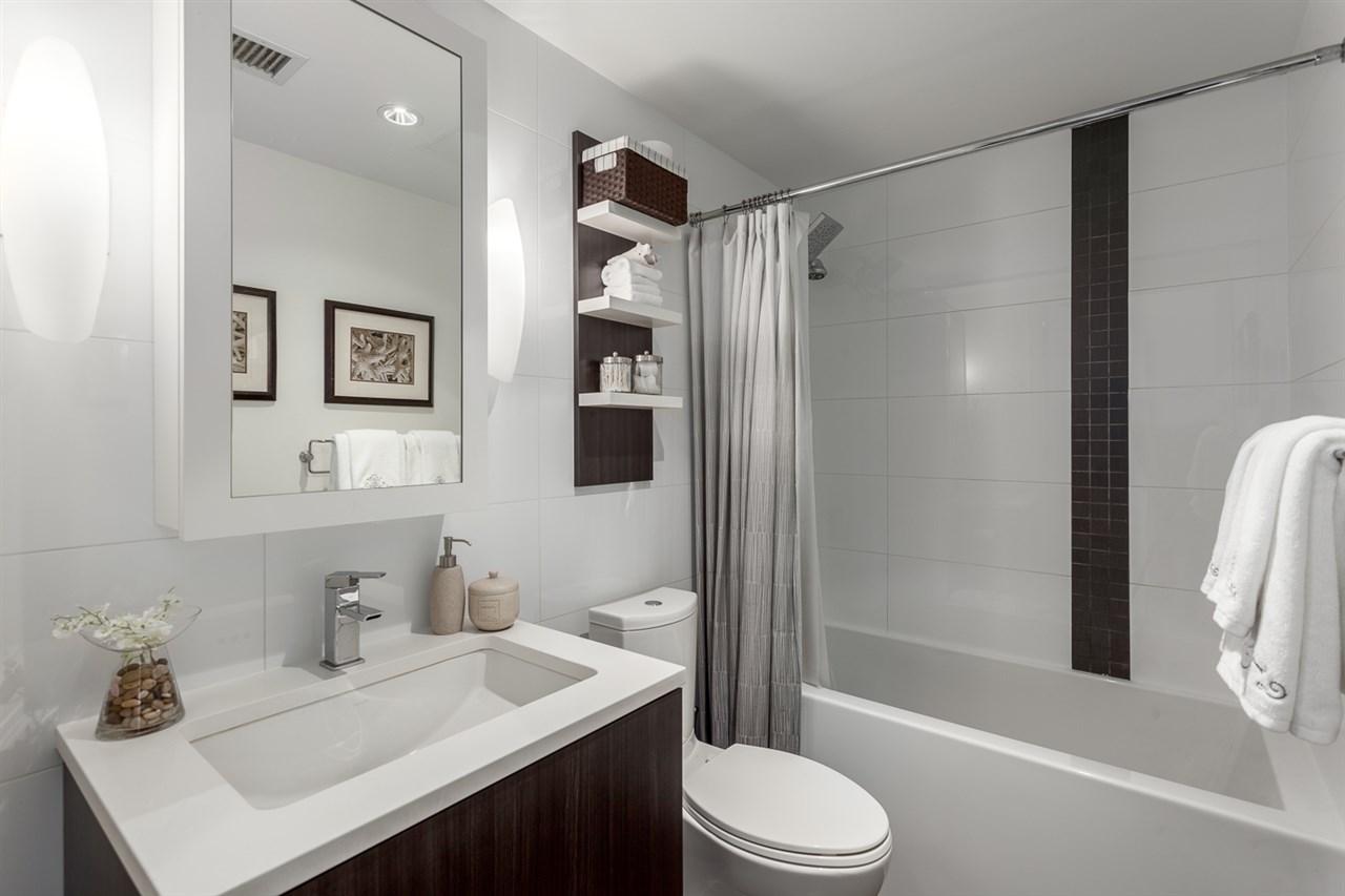 Condo Apartment at 1205 1775 QUEBEC STREET, Unit 1205, Vancouver East, British Columbia. Image 14