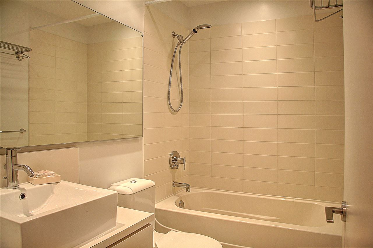 Condo Apartment at 3401 4808 HAZEL STREET, Unit 3401, Burnaby South, British Columbia. Image 11