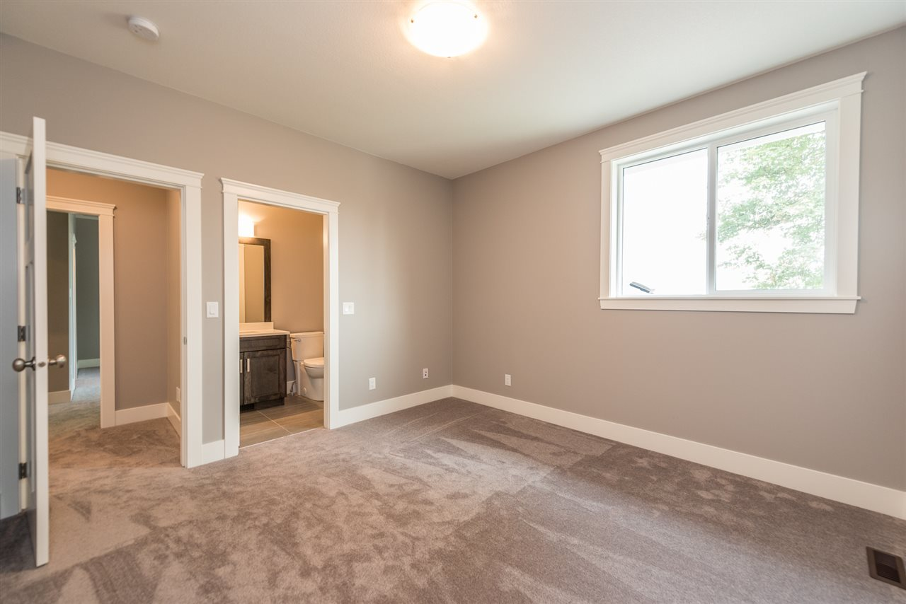 Detached at 1031 PALMDALE STREET, Coquitlam, British Columbia. Image 11