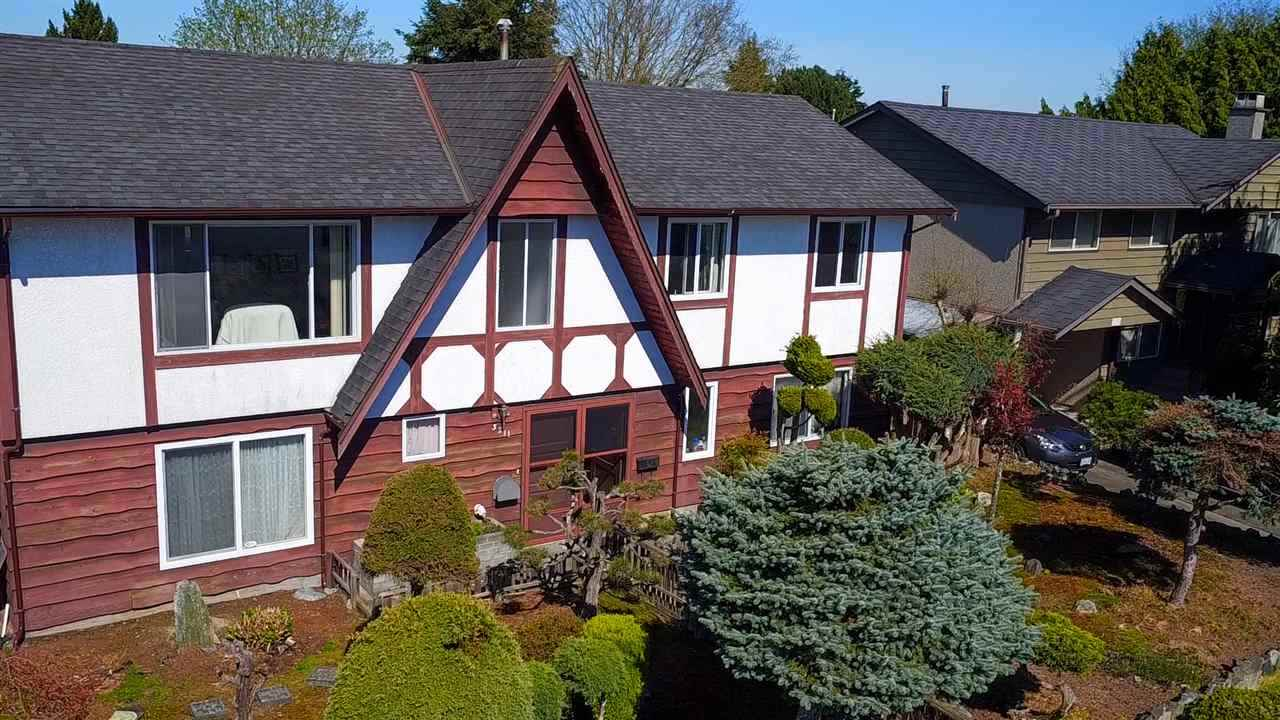 Detached at 3211 BLUNDELL ROAD, Richmond, British Columbia. Image 1