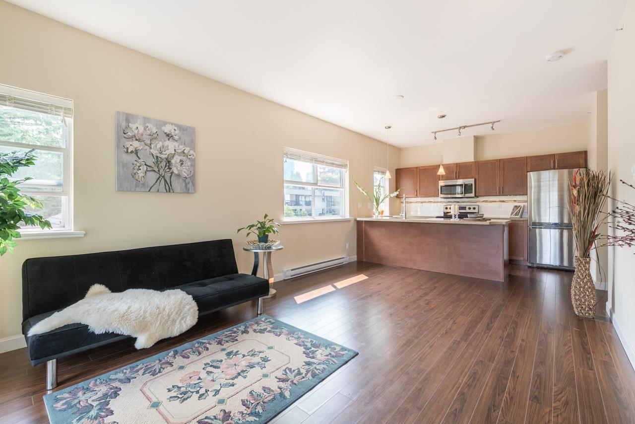 Condo Apartment at 308 5655 INMAN AVENUE, Unit 308, Burnaby South, British Columbia. Image 11