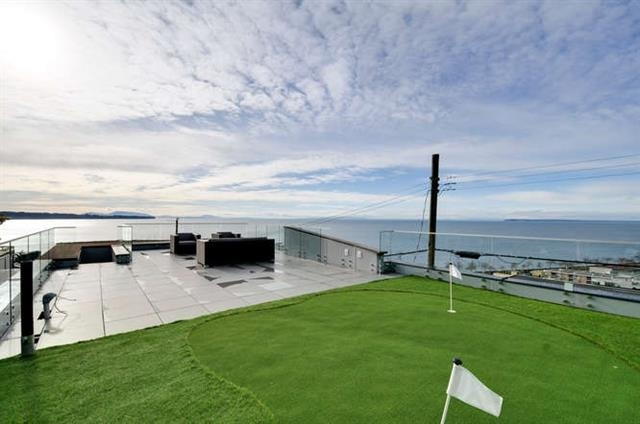 Detached at 1136 MARTIN STREET, South Surrey White Rock, British Columbia. Image 12