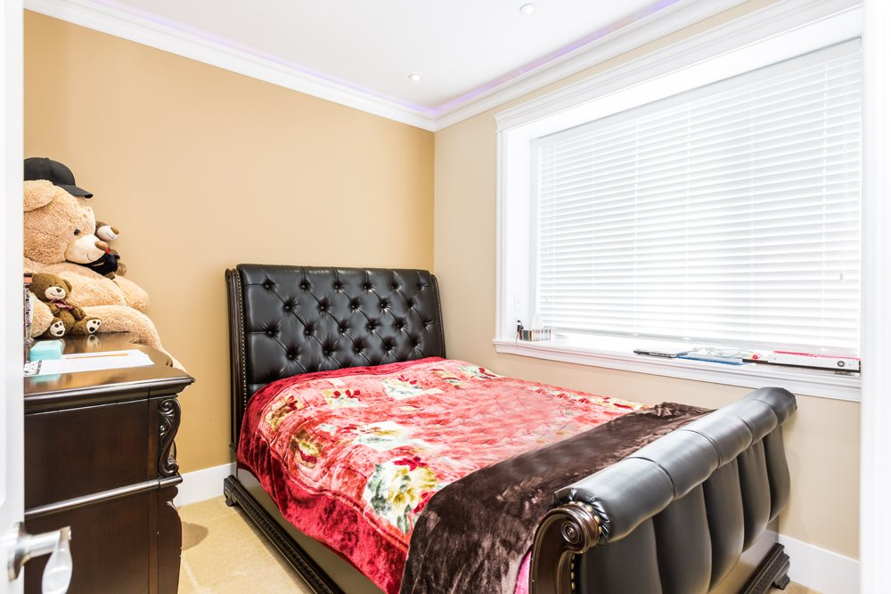 Detached at 7806 PRINCE ALBERT STREET, Vancouver East, British Columbia. Image 11