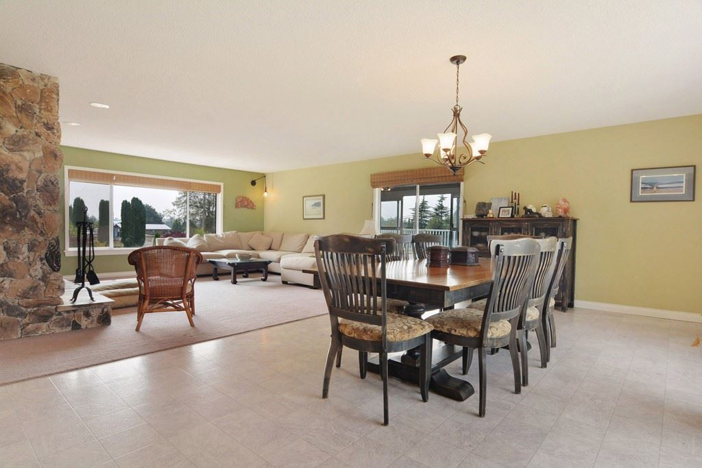 Detached at 25159 19 AVENUE, Langley, British Columbia. Image 3