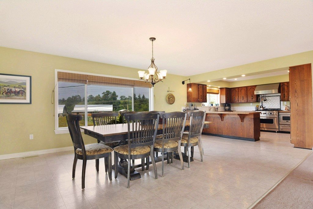 Detached at 25159 19 AVENUE, Langley, British Columbia. Image 4