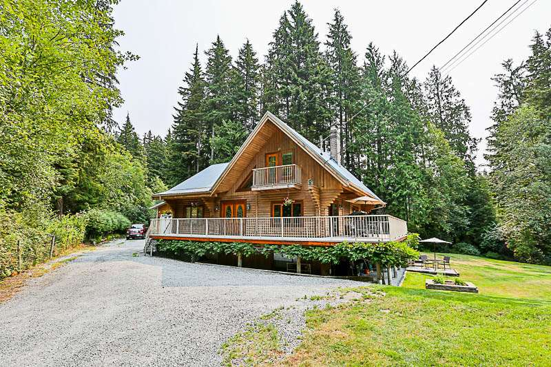 Detached at 12550 POWELL STREET, Mission, British Columbia. Image 1