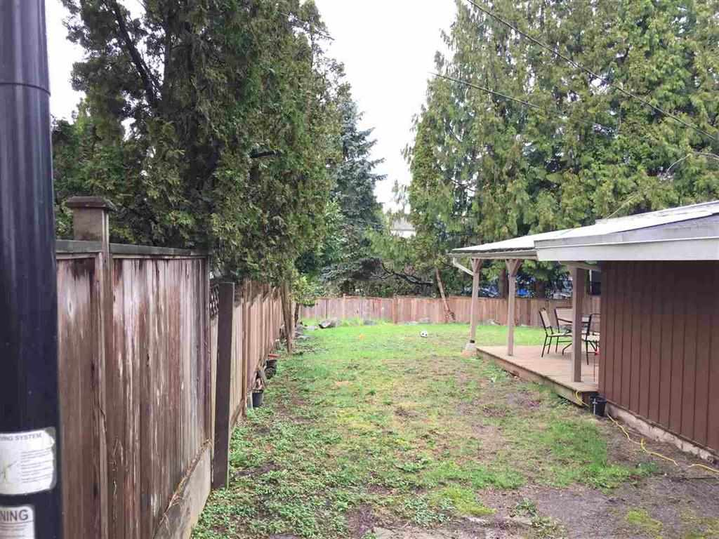 Detached at 20007 GRADE CRESCENT, Langley, British Columbia. Image 4