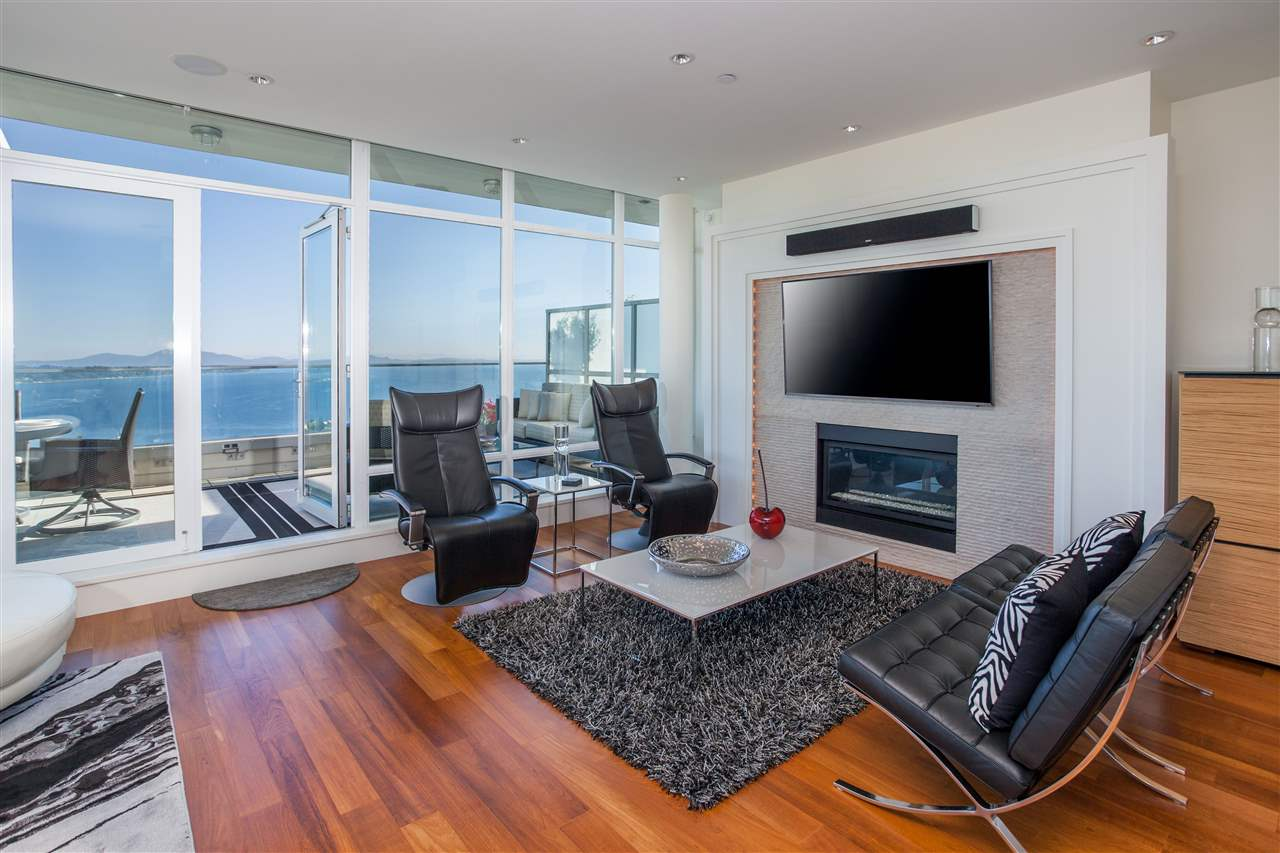 Condo Apartment at PH1 1473 JOHNSTON ROAD, Unit PH1, South Surrey White Rock, British Columbia. Image 6
