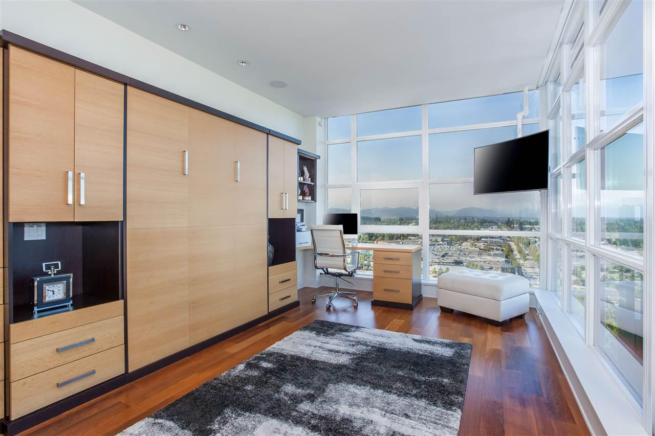 Condo Apartment at PH1 1473 JOHNSTON ROAD, Unit PH1, South Surrey White Rock, British Columbia. Image 18