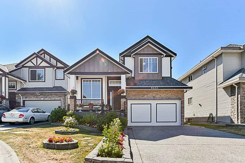 Detached at 6433 137 STREET, Surrey, British Columbia. Image 1