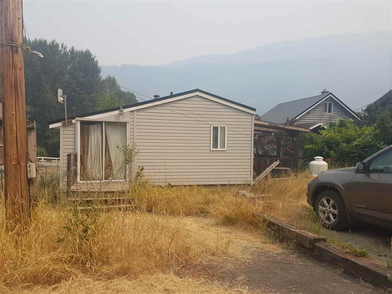 Detached at 48793 CHAUMOX ROAD, Hope, British Columbia. Image 2