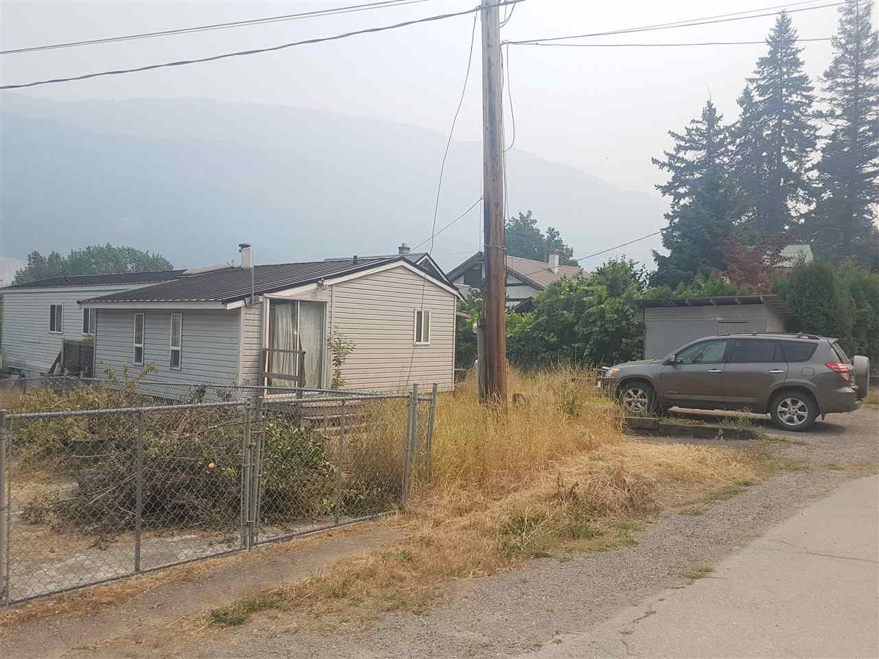 Detached at 48793 CHAUMOX ROAD, Hope, British Columbia. Image 3
