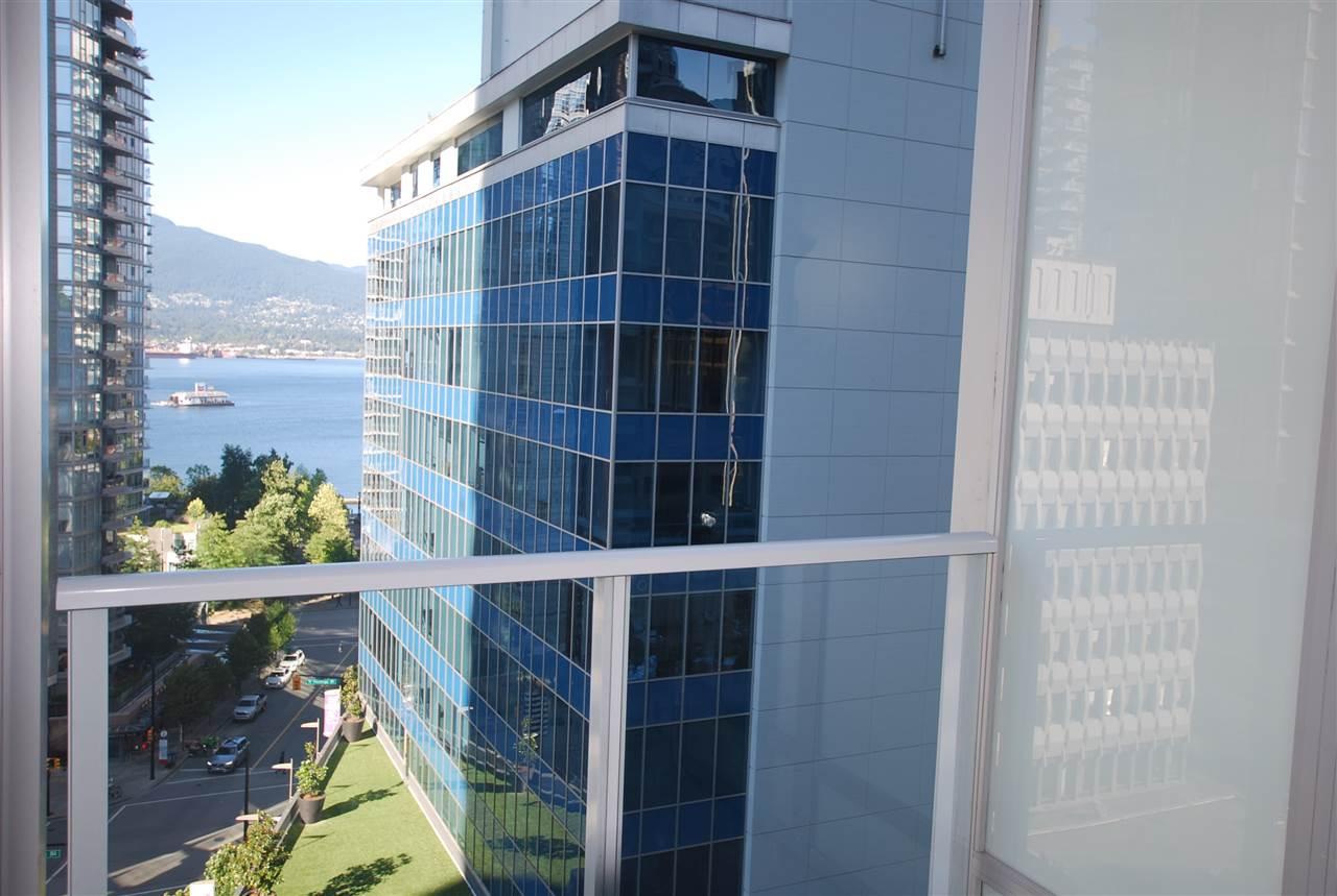 Condo Apartment at 901 1188 W PENDER STREET, Unit 901, Vancouver West, British Columbia. Image 2