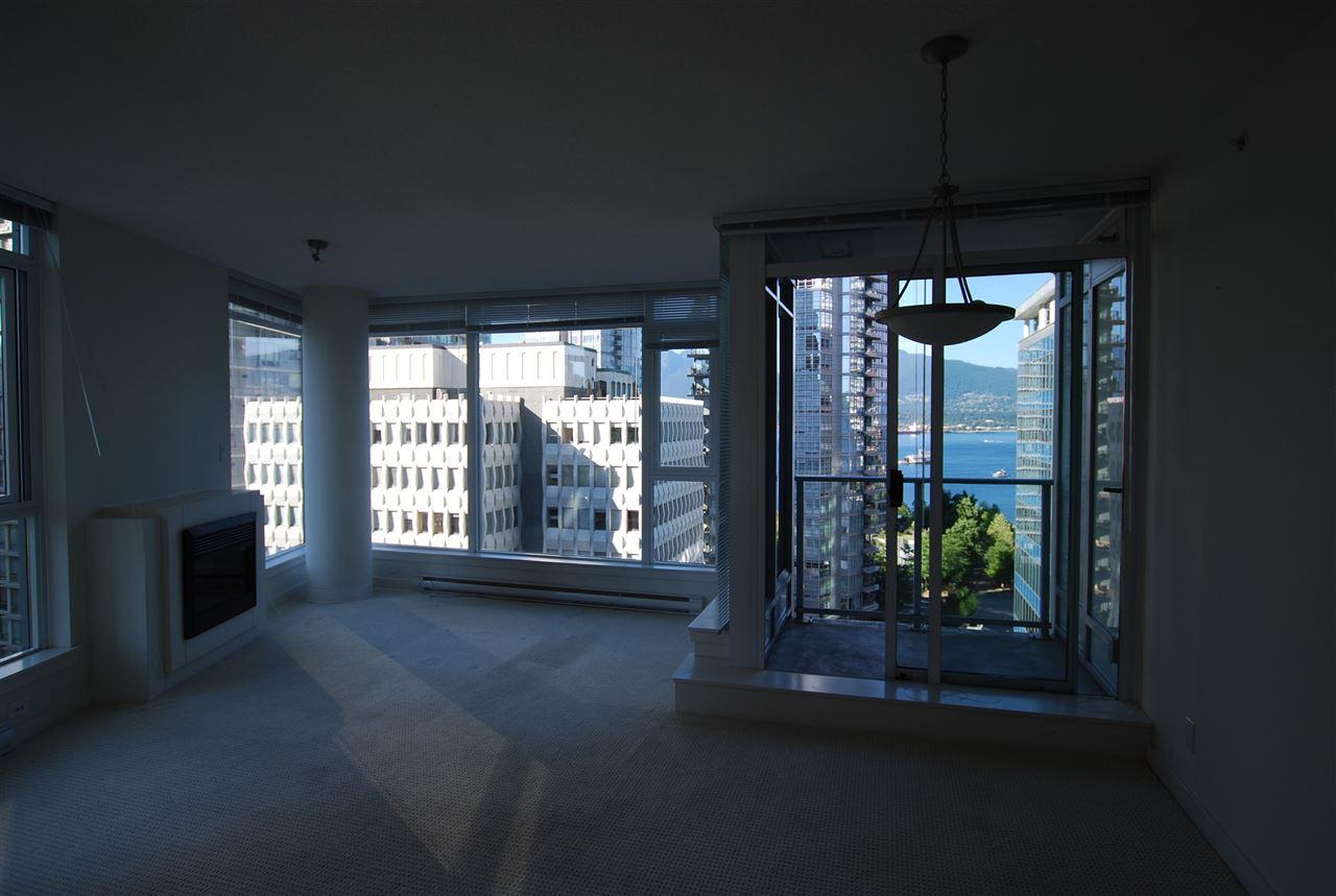 Condo Apartment at 901 1188 W PENDER STREET, Unit 901, Vancouver West, British Columbia. Image 3