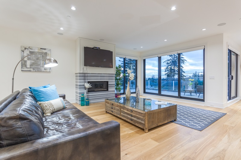 Detached at 1268 MAPLE STREET, South Surrey White Rock, British Columbia. Image 11