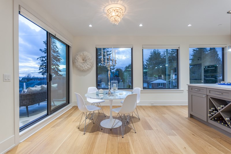 Detached at 1268 MAPLE STREET, South Surrey White Rock, British Columbia. Image 14