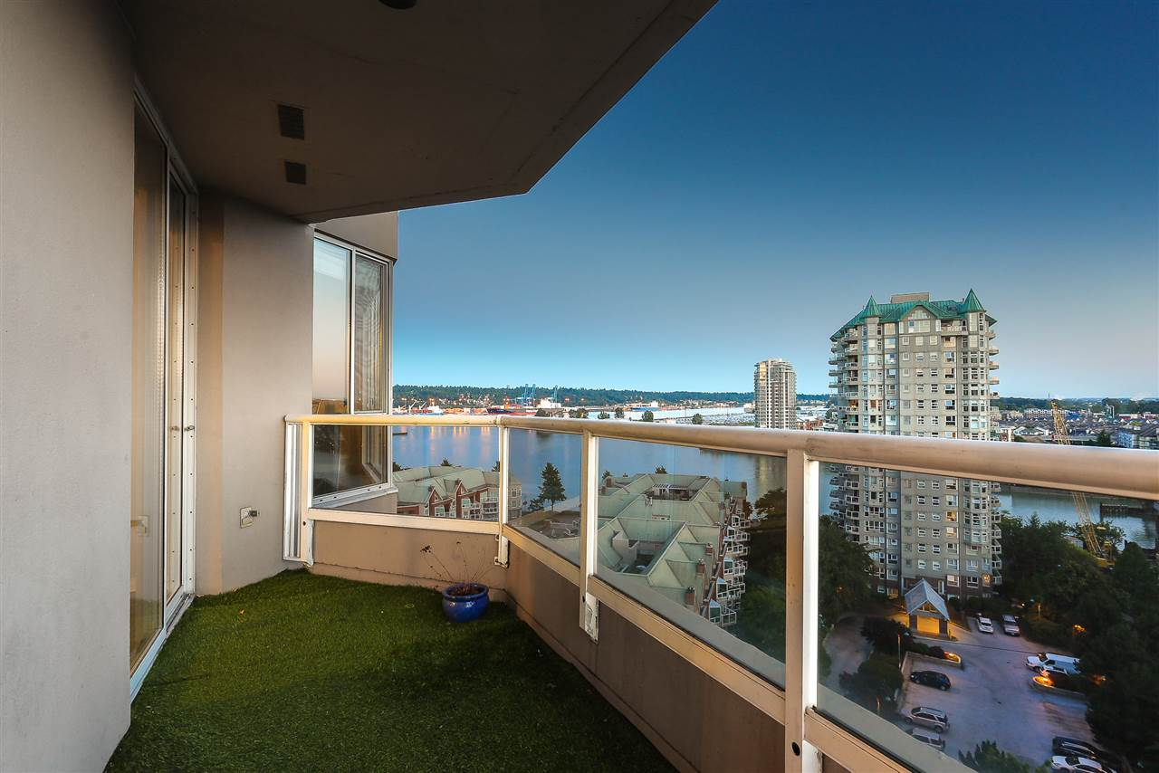 Condo Apartment at 1502 1245 QUAYSIDE DRIVE, Unit 1502, New Westminster, British Columbia. Image 5