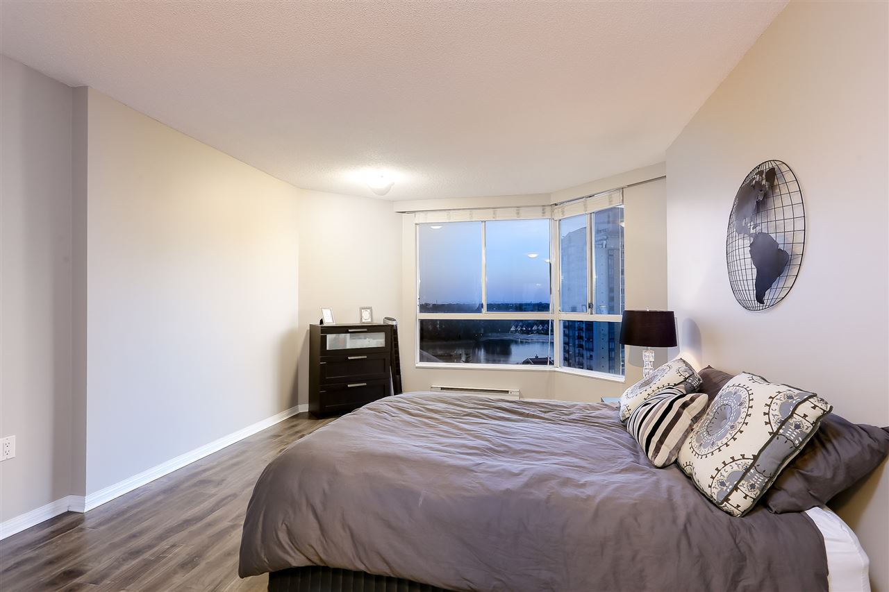 Condo Apartment at 1502 1245 QUAYSIDE DRIVE, Unit 1502, New Westminster, British Columbia. Image 10
