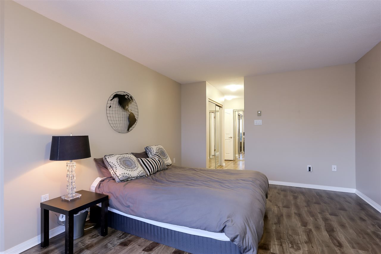 Condo Apartment at 1502 1245 QUAYSIDE DRIVE, Unit 1502, New Westminster, British Columbia. Image 11