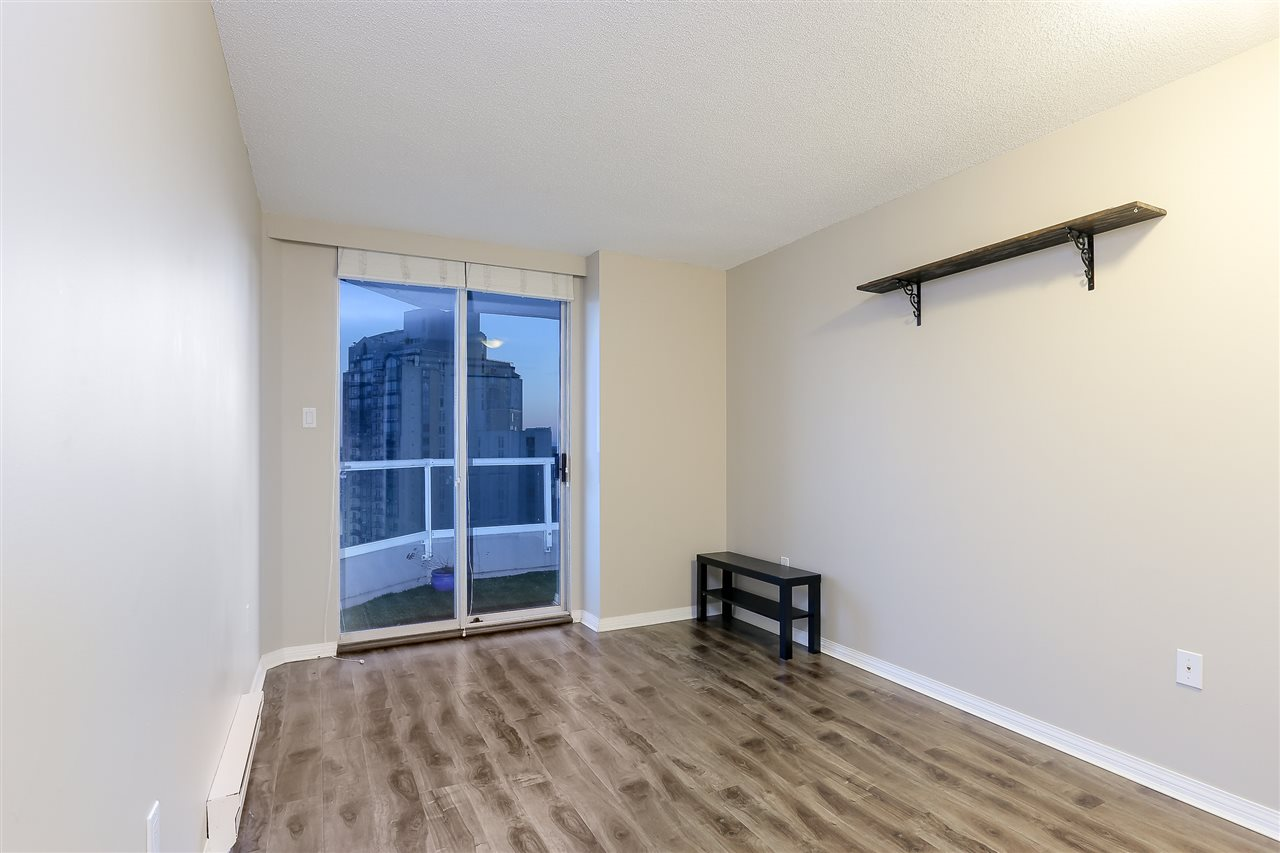 Condo Apartment at 1502 1245 QUAYSIDE DRIVE, Unit 1502, New Westminster, British Columbia. Image 14