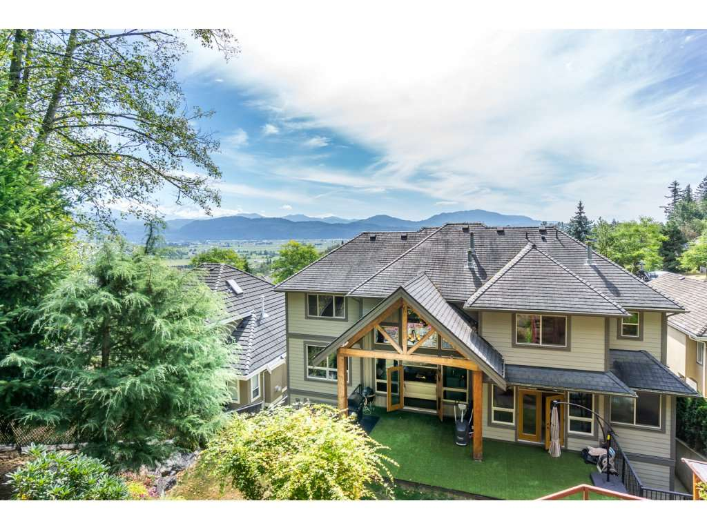 Detached at 35887 REGAL PARKWAY, Abbotsford, British Columbia. Image 20
