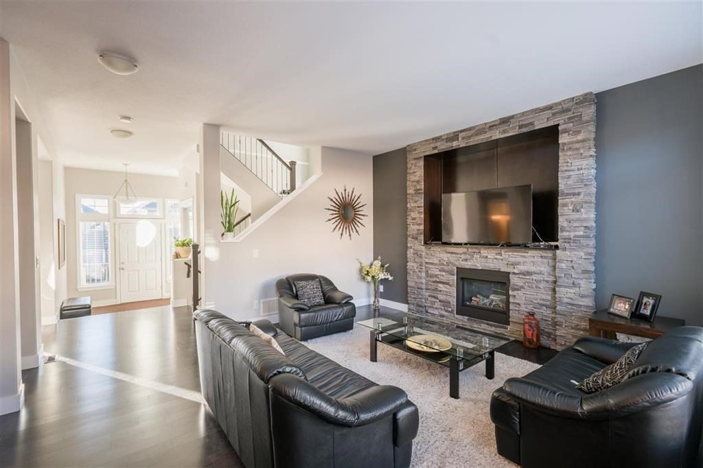 Detached at 1315 SOBALL STREET, Coquitlam, British Columbia. Image 6