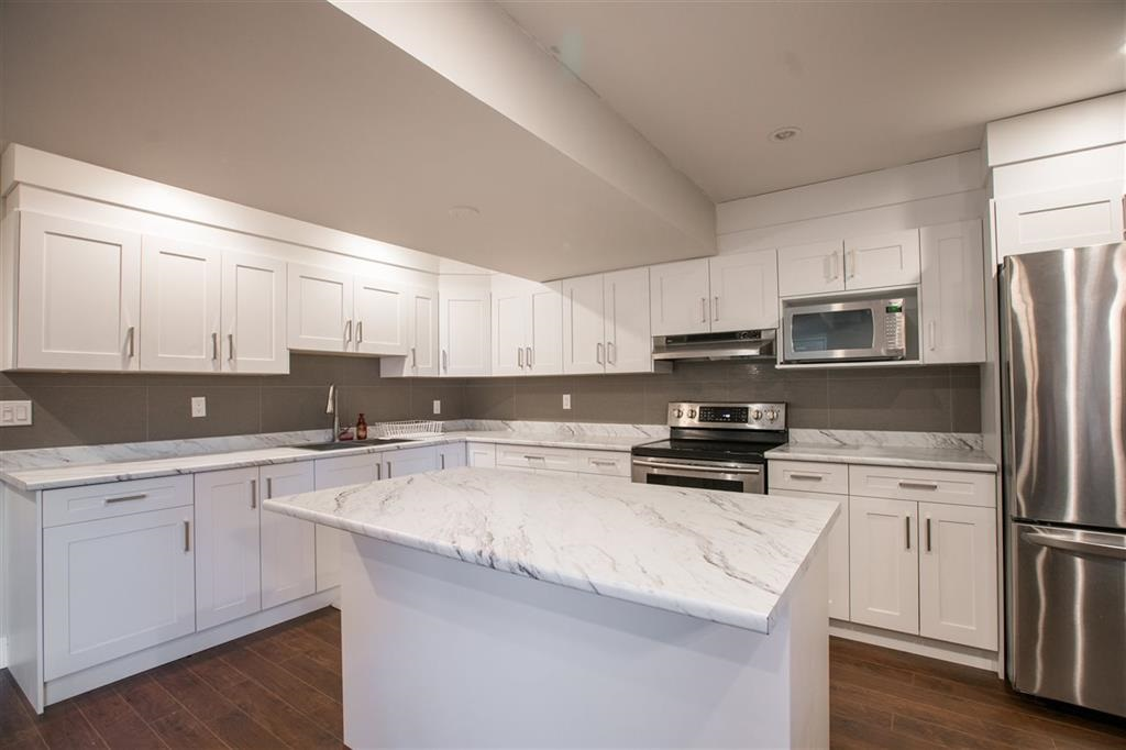 Detached at 1315 SOBALL STREET, Coquitlam, British Columbia. Image 11