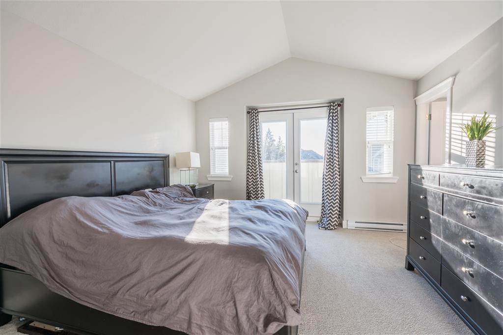 Detached at 1315 SOBALL STREET, Coquitlam, British Columbia. Image 13
