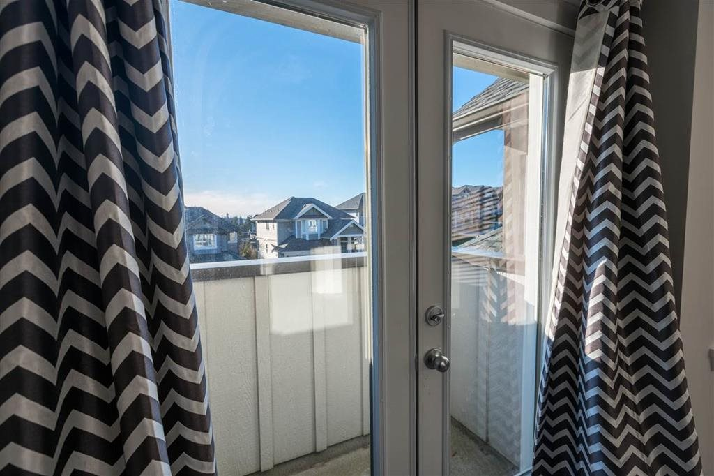 Detached at 1315 SOBALL STREET, Coquitlam, British Columbia. Image 14