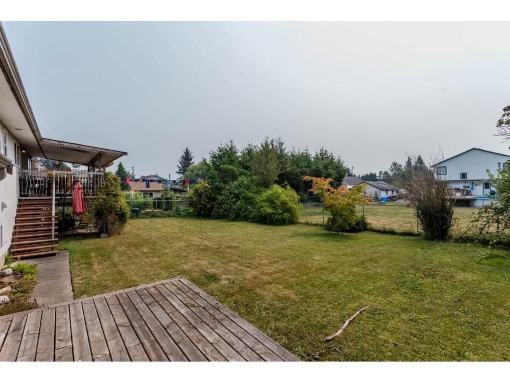 Detached at 46538 MCCAFFREY BOULEVARD, Chilliwack, British Columbia. Image 2