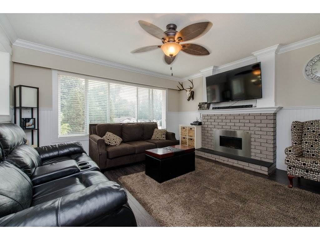 Detached at 32531 ORIOLE CRESCENT, Abbotsford, British Columbia. Image 3