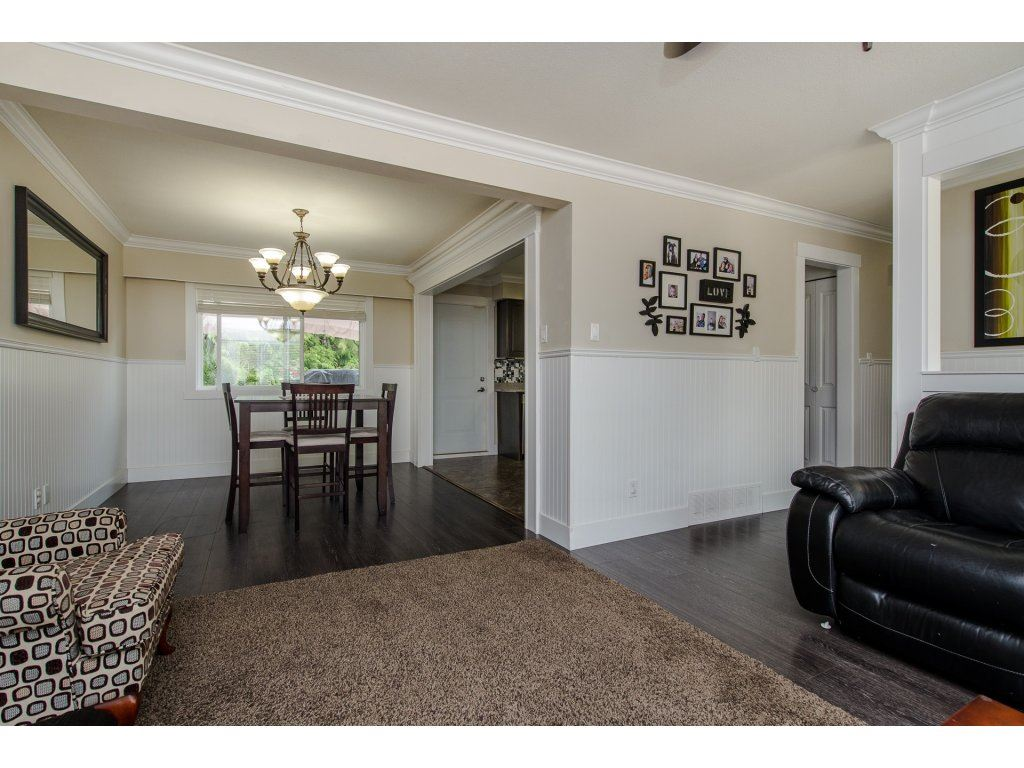 Detached at 32531 ORIOLE CRESCENT, Abbotsford, British Columbia. Image 5