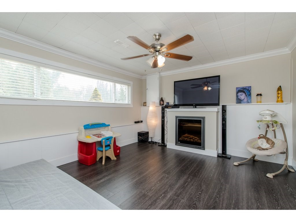 Detached at 32531 ORIOLE CRESCENT, Abbotsford, British Columbia. Image 15