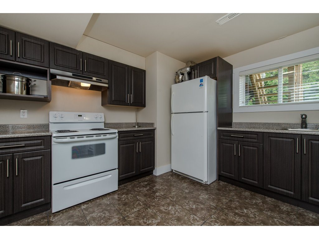 Detached at 32531 ORIOLE CRESCENT, Abbotsford, British Columbia. Image 17
