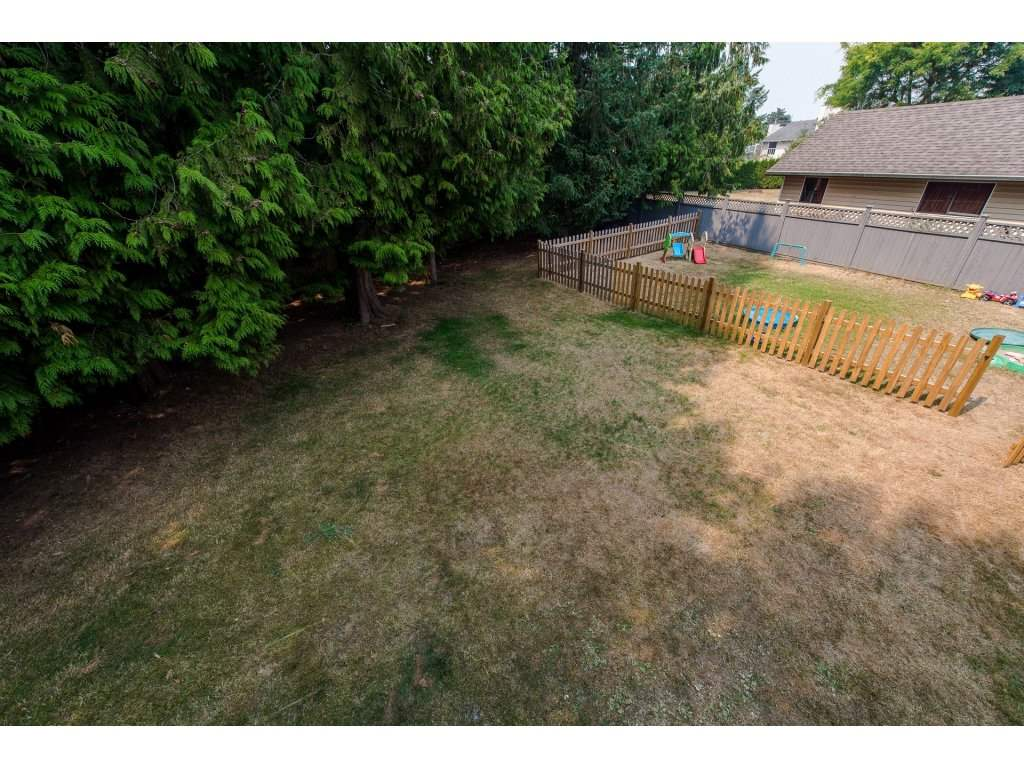 Detached at 32531 ORIOLE CRESCENT, Abbotsford, British Columbia. Image 20