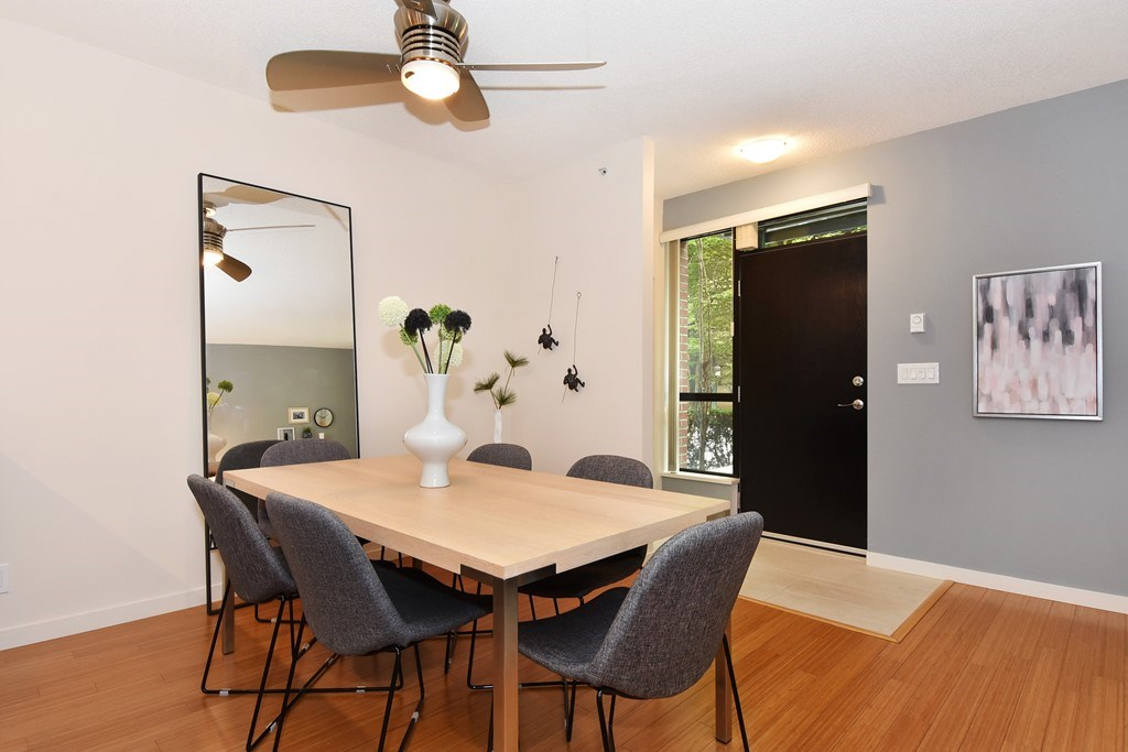 Townhouse at 318 SMITHE STREET, Vancouver West, British Columbia. Image 8