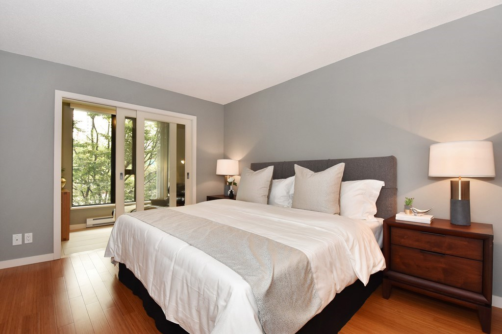 Townhouse at 318 SMITHE STREET, Vancouver West, British Columbia. Image 14