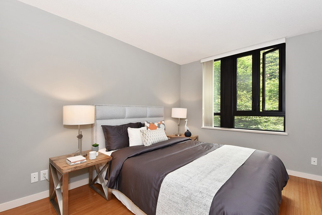 Townhouse at 318 SMITHE STREET, Vancouver West, British Columbia. Image 18