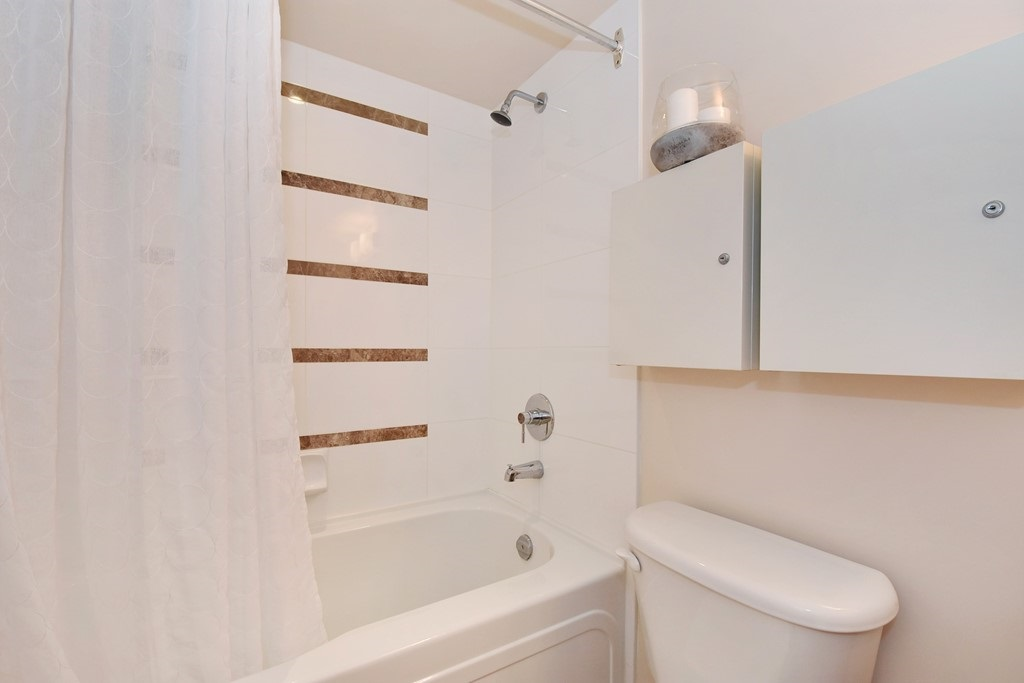 Townhouse at 318 SMITHE STREET, Vancouver West, British Columbia. Image 19