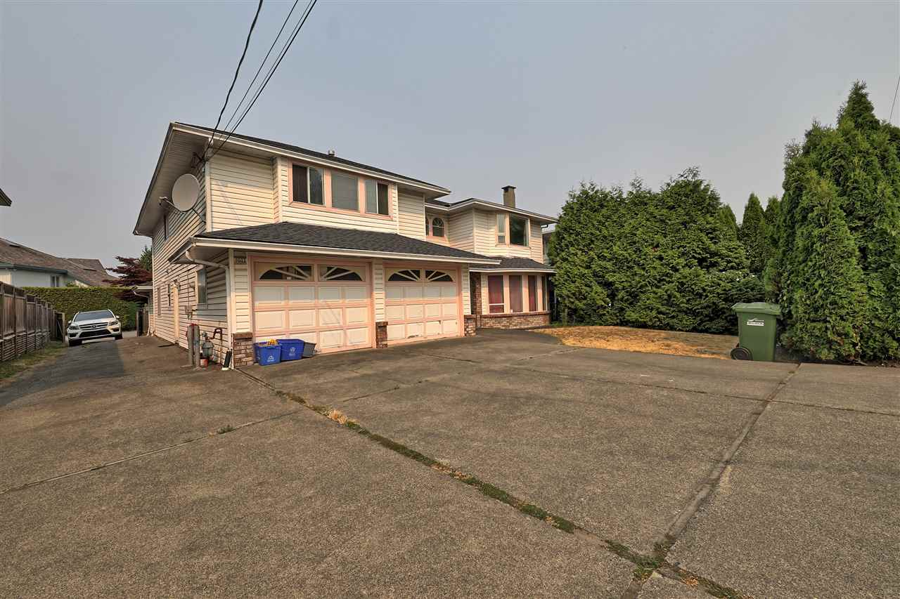 Detached at 8511 NO. 4 ROAD, Richmond, British Columbia. Image 3
