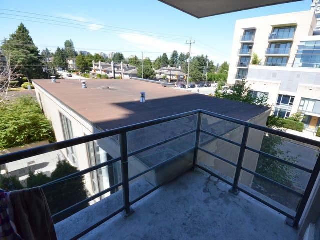 Condo Apartment at 503 9188 COOK ROAD, Unit 503, Richmond, British Columbia. Image 13