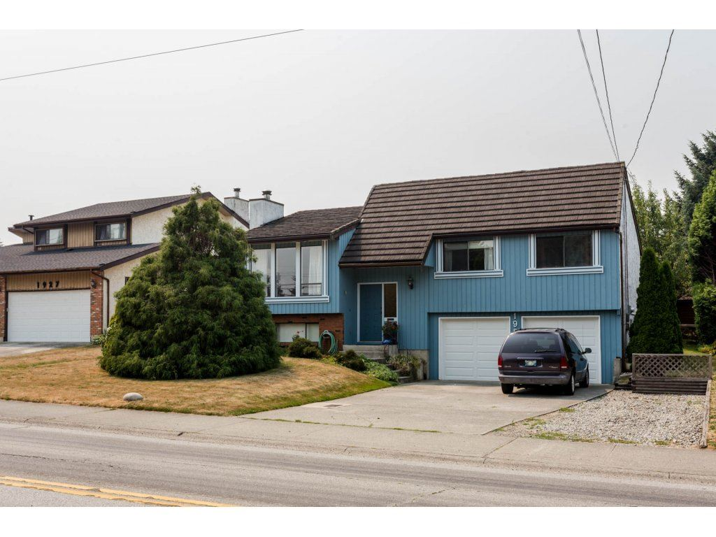 Detached at 1937 156 STREET, South Surrey White Rock, British Columbia. Image 1