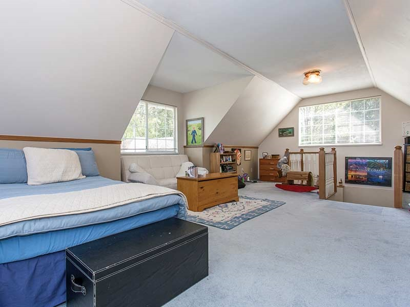 Detached at 17154 26A AVENUE, South Surrey White Rock, British Columbia. Image 12